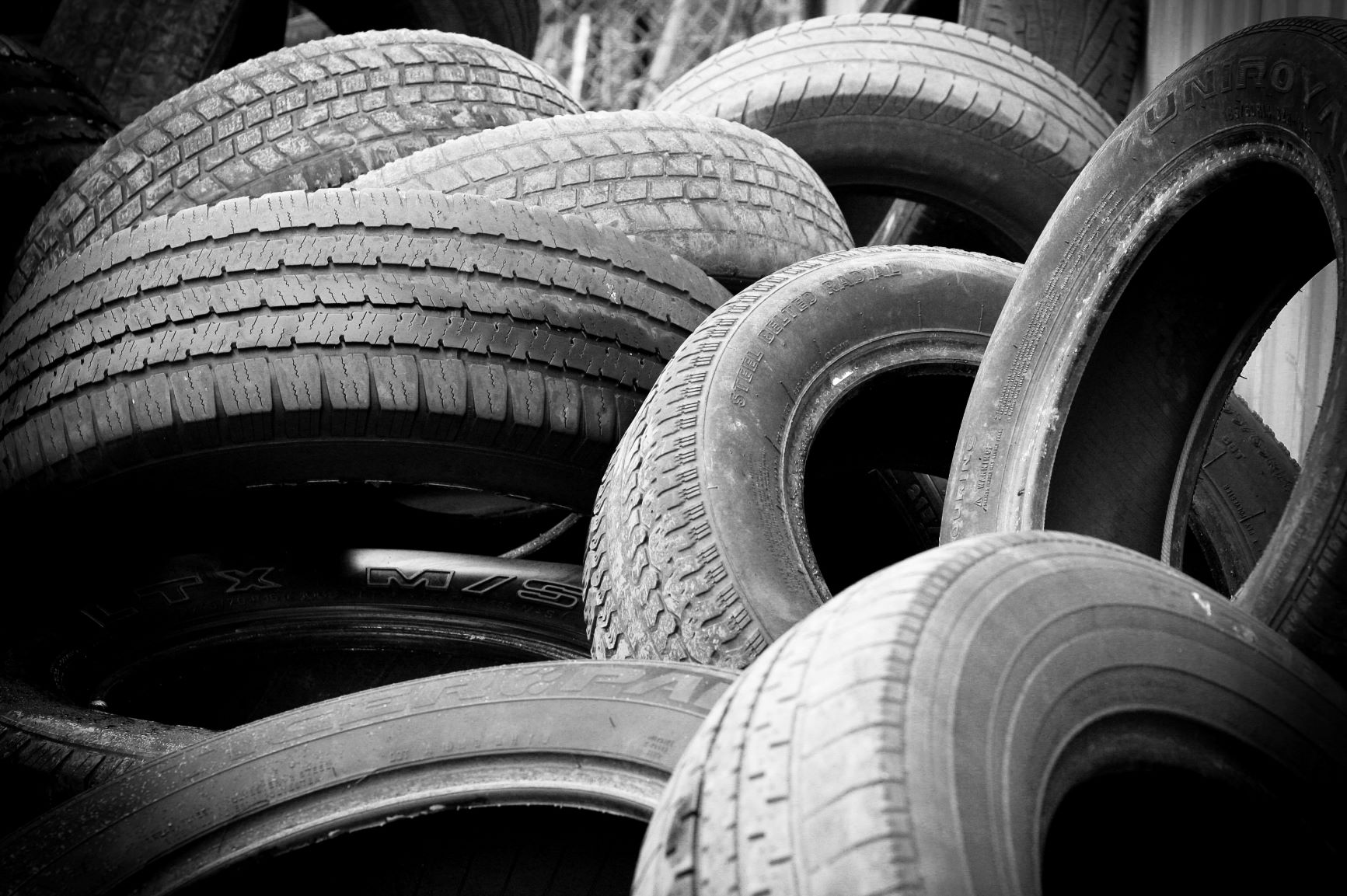 mix car tires